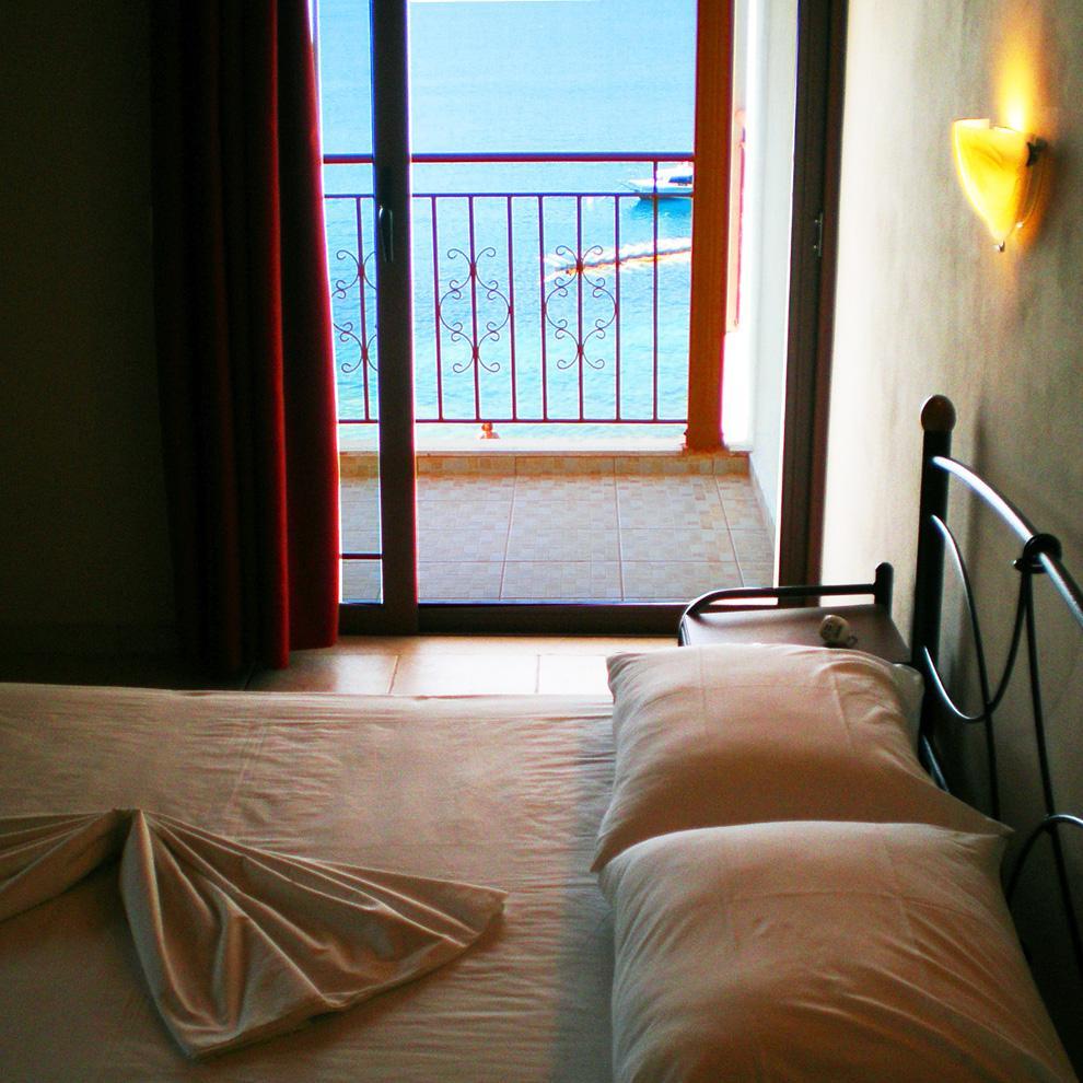 Δωμάτια και ξενοδοχεία για διακοπές στη Λευκάδα, Νυδρί, Περιγιάλι, Αχιλλέας στούντιο, δωμάτια Περιγιάλι